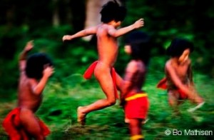 Bo Children 300x196 Great music reigns for The Rainforest Foundation