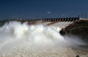 hydroelectric power plant 300x196 Wind & Waves